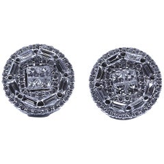 Classic 18 Karat White Gold Cluster Studs Diamond Earrings