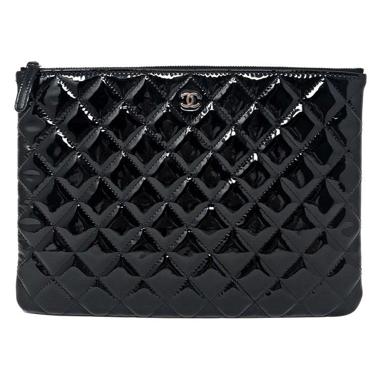 Clutch Chanel Paris matelassé patent leather, 2015  For Sale