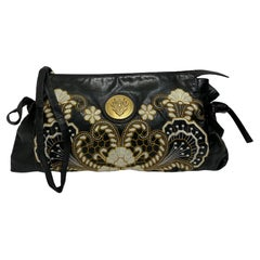 Clutch Gucci Hysteria Bag in Black Leather with Floral Embroidery