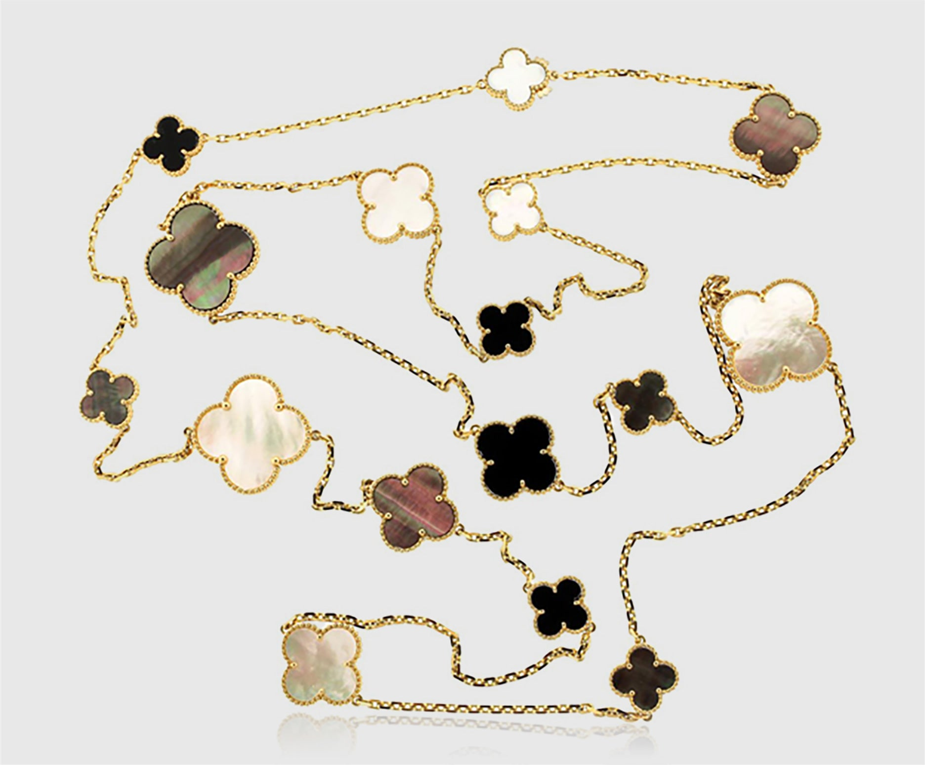 Magic Alhambra Necklace