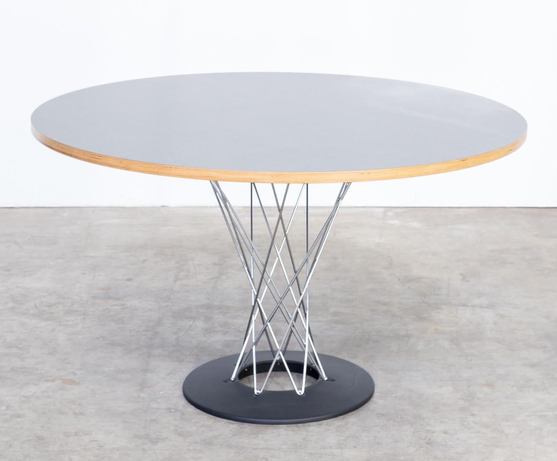 Cyclone Table