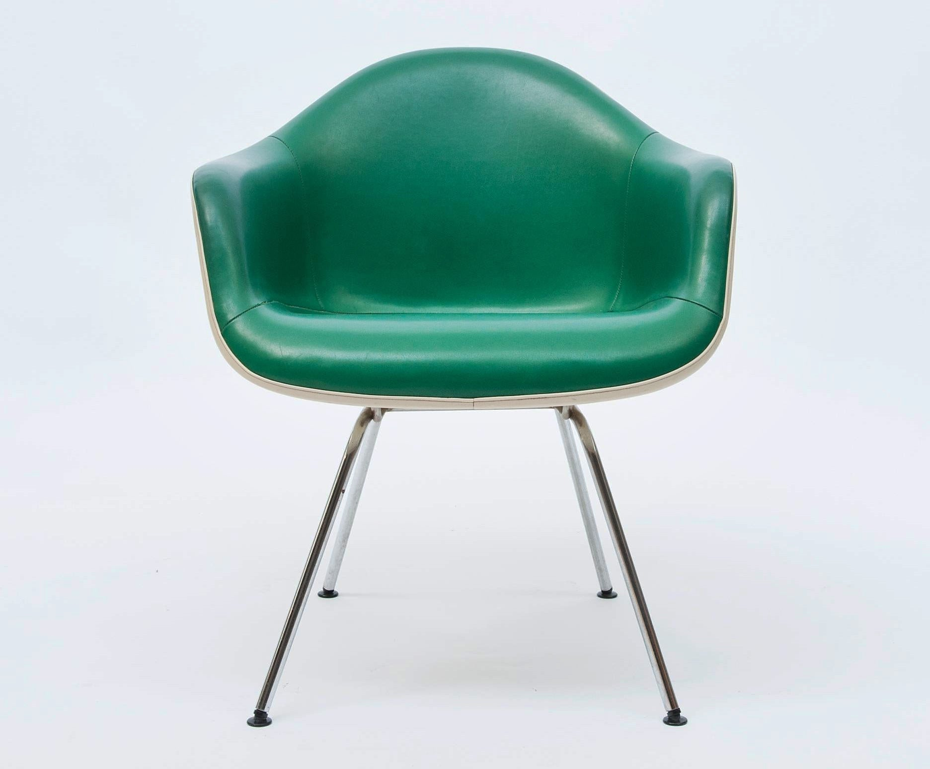 Eames DAX Chair