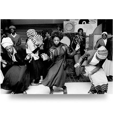 Chris Steele-Perkins, Girls Dancing in Wolverhampton Club, 1978