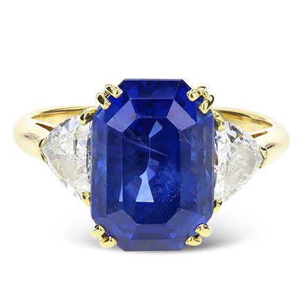 Mauboussin 7.60 Carat Unheated Ceylon Sapphire and Diamonds Ring, 20th Century
