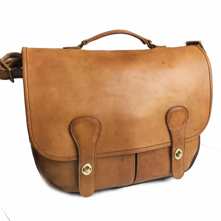 Women's or Men's Coach Swag Bag Bonnie Cashin Large Leather Messenger Vintage 60s NYC Bag Rare  For Sale