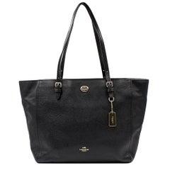Coach Turnlock Crossgrain Leather Black Tote Ladies Bag 37142