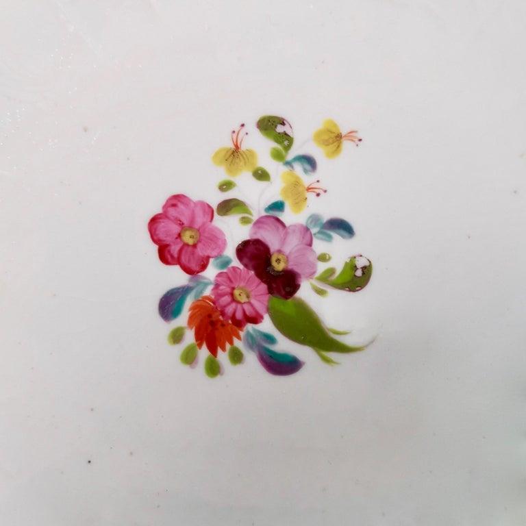 Coalport John Rose Porcelain Plate, White Floral Dulong Blind-Moulded circa 1815 For Sale 3