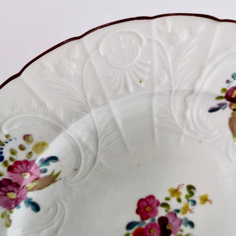 Regency Coalport John Rose Porcelain Plate, White Floral Dulong Blind-Moulded circa 1815 For Sale