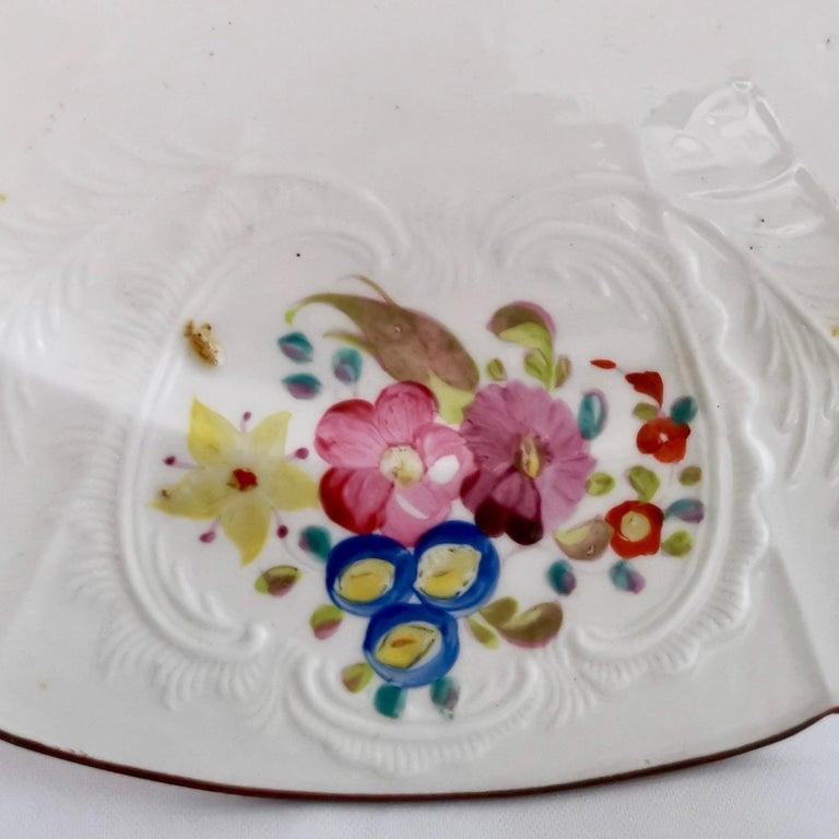 Coalport John Rose Porcelain Plate, White Floral Dulong Blind-Moulded circa 1815 For Sale 1