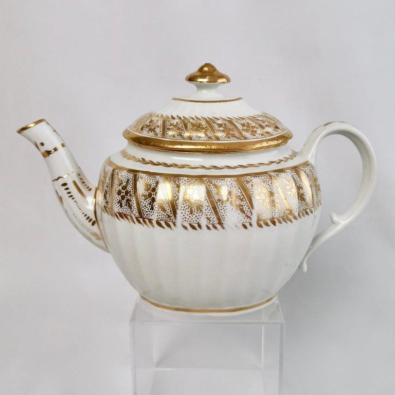 George III Coalport John Rose Tea Service, circa 1795 For Sale