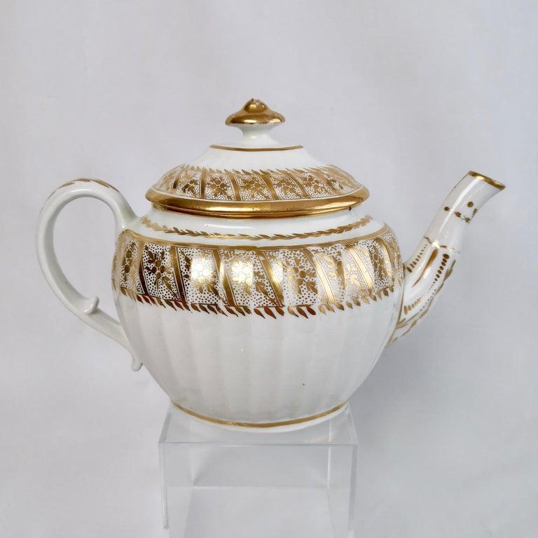 Coalport John Rose Tea Service, circa 1795 In Good Condition For Sale In London, GB