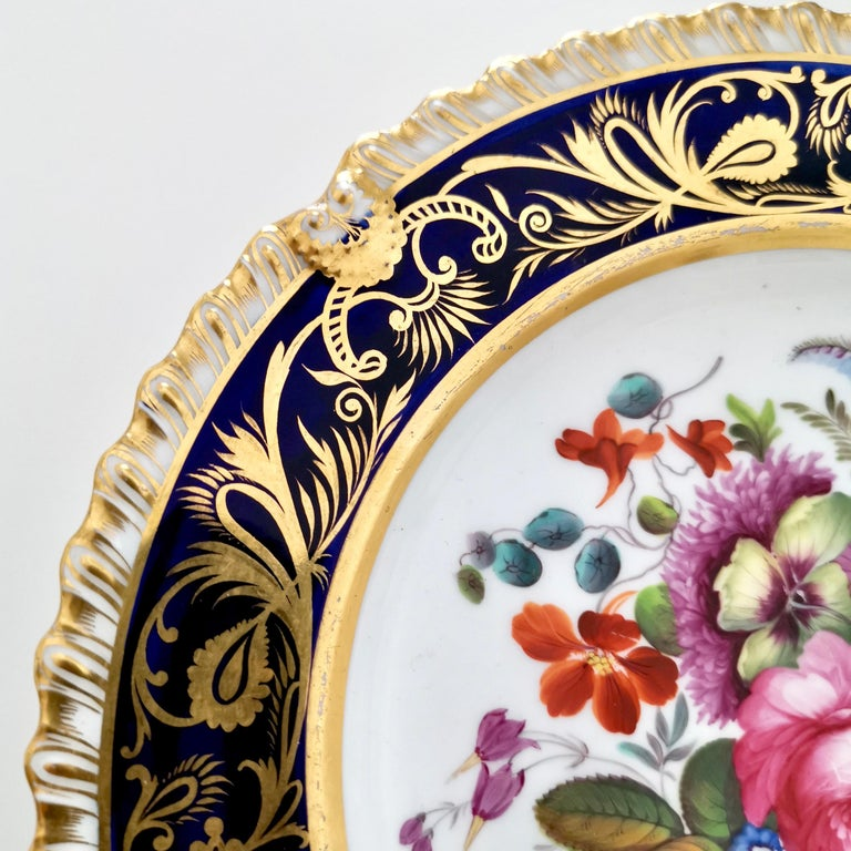Early 19th Century Coalport Porcelain Plate, Cobalt Blue and Spectacular Flowers, Regency 1820-1825 For Sale