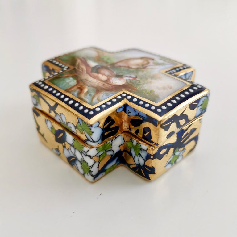 Coalport Porcelain Trinket Box, Japonism, Birds by John Randall, 1865-1870 In Good Condition For Sale In London, GB