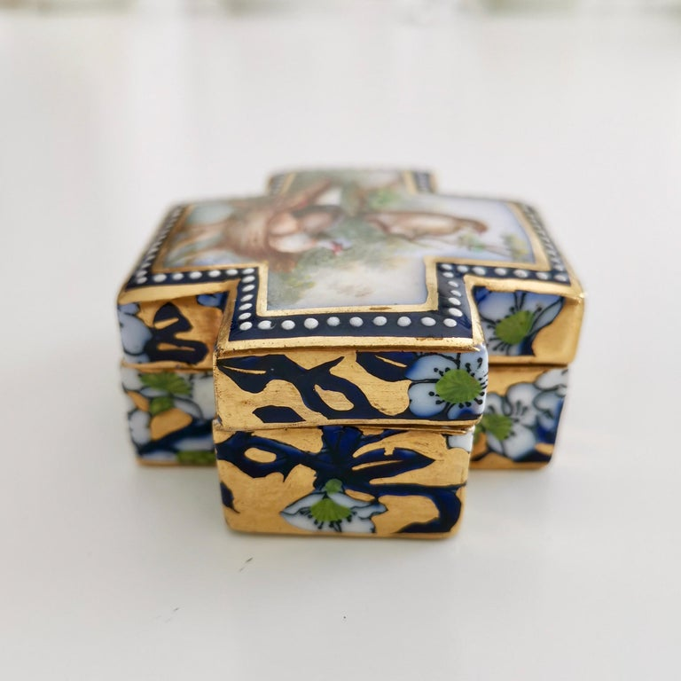Mid-19th Century Coalport Porcelain Trinket Box, Japonism, Birds by John Randall, 1865-1870 For Sale