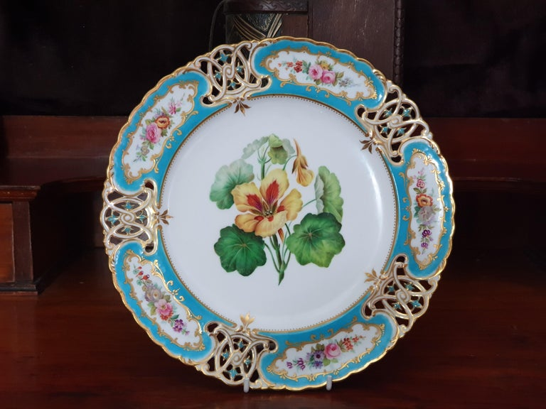 English Minton Reticulated Royal Arms Botanical Turquoise Dessert Service For Sale 3