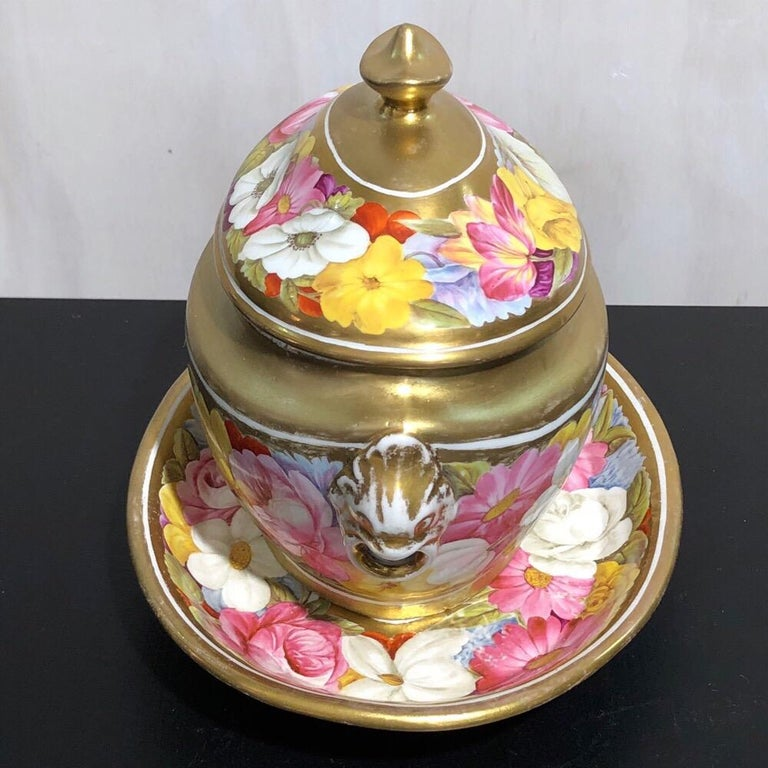Early 19th Century Coalport Sucrier and Matching Teapot Stand, Baxter Decorated, circa 1815 For Sale