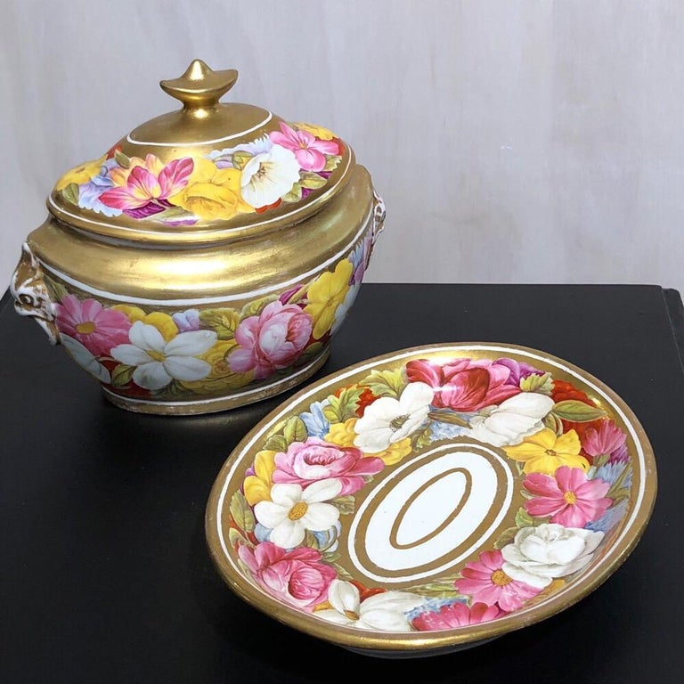 Coalport Sucrier and Matching Teapot Stand, Baxter Decorated, circa 1815 For Sale 2