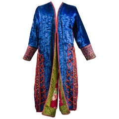 Coat in Blue velvet Embroidered with Wool - Turkmenistan Circa 1950/1970
