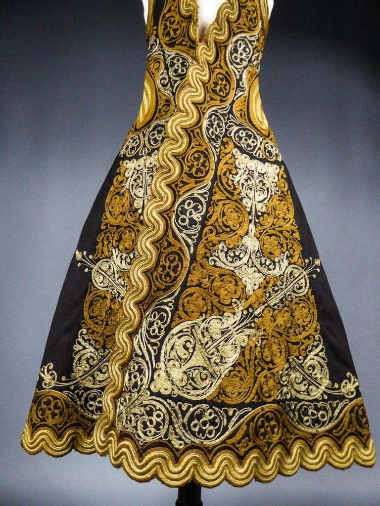 Coat in wool felt embroidered with silver threads - Greece Empire Ottoman 19th C For Sale 7