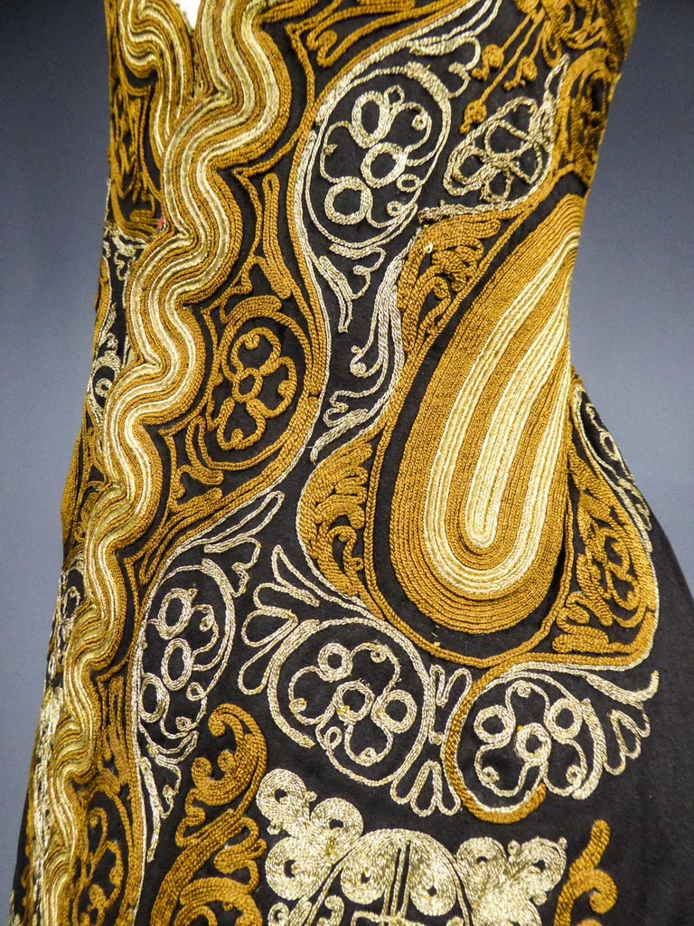 Coat in wool felt embroidered with silver threads - Greece Empire Ottoman 19th C For Sale 8