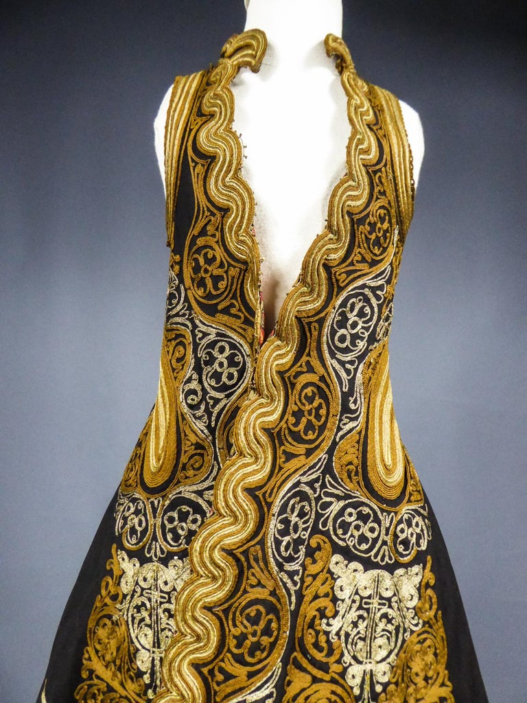 Coat in wool felt embroidered with silver threads - Greece Empire Ottoman 19th C For Sale 4