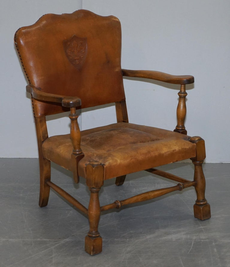 Coat of Arms Armorial Crest Edwardian Oak & Brown Leather Smart Club Armchairs For Sale 8