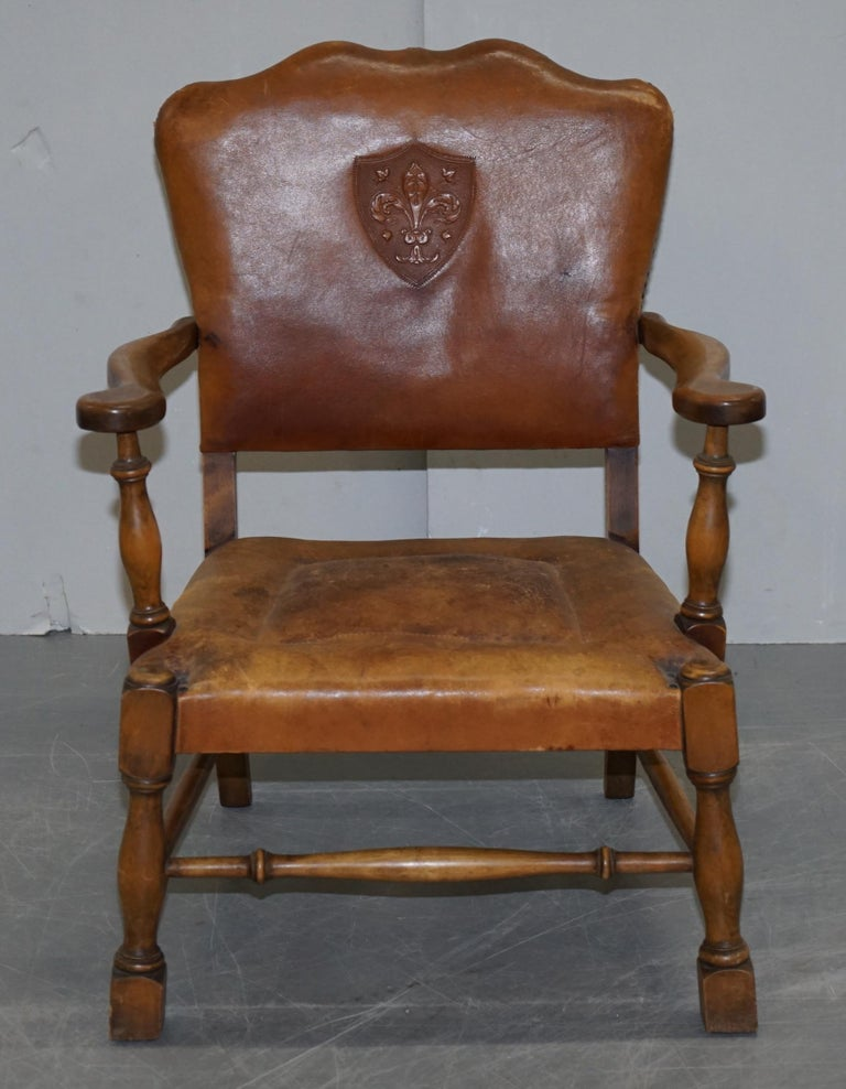 Coat of Arms Armorial Crest Edwardian Oak & Brown Leather Smart Club Armchairs For Sale 9