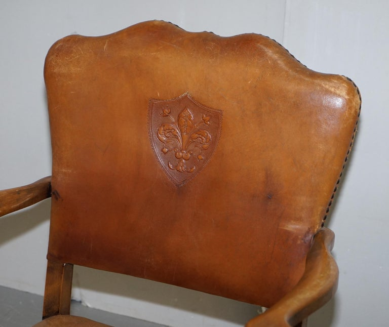 Coat of Arms Armorial Crest Edwardian Oak & Brown Leather Smart Club Armchairs For Sale 10