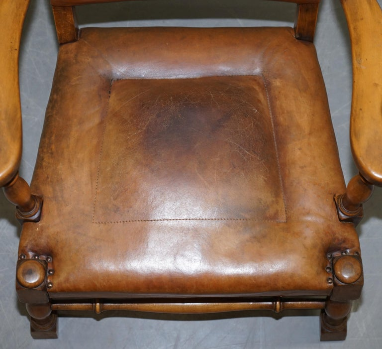 Coat of Arms Armorial Crest Edwardian Oak & Brown Leather Smart Club Armchairs For Sale 3