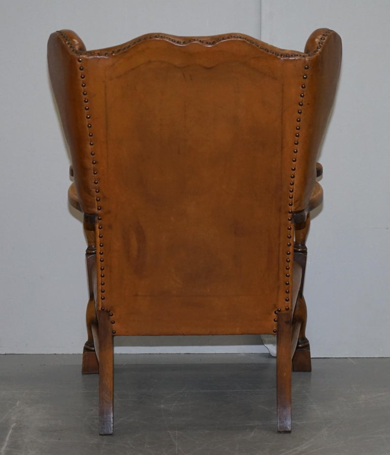 Coat of Arms Armorial Crest Edwardian Oak and Brown Leather Wingback Armchairs For Sale 6