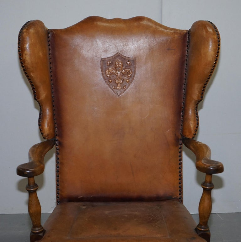 Coat of Arms Armorial Crest Edwardian Oak and Brown Leather Wingback Armchairs For Sale 8