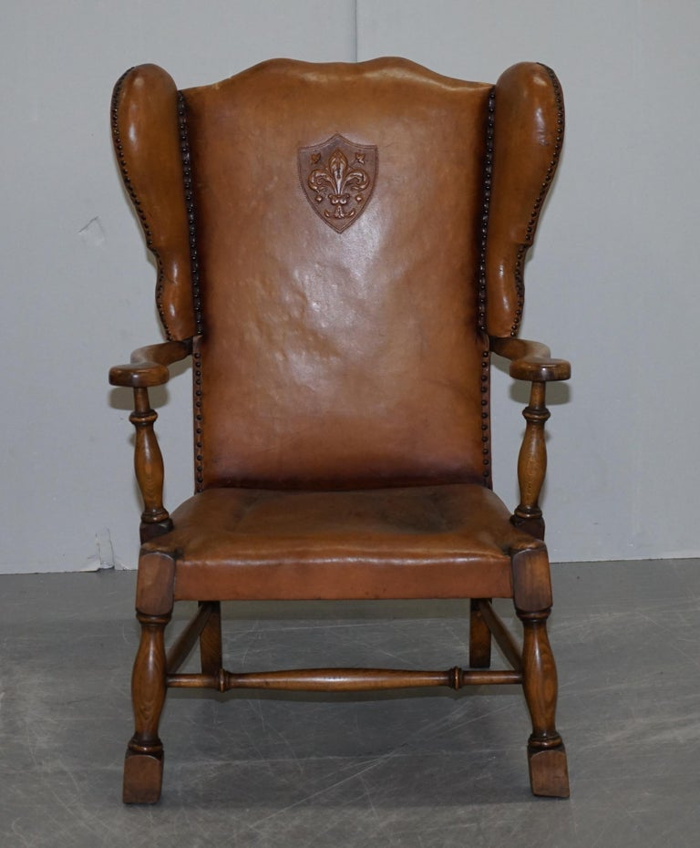 British Coat of Arms Armorial Crest Edwardian Oak and Brown Leather Wingback Armchairs For Sale