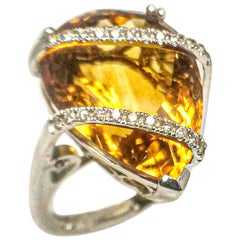 Cocktail Citrine 18.04 Carats White Gold Ring