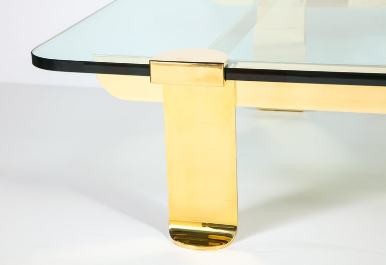 Mid-Century Modern Cocktail Table, Solid Brass and Glass Sculpture Table, Italy, circa 1960 For Sale