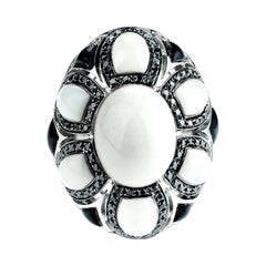 Cocktails Ring with Black and White Diamonds in 18 Karat Gold by Enrico Dani