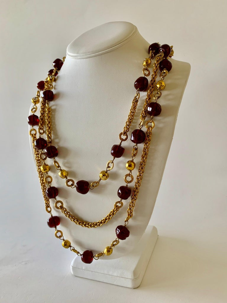 Coco Chanel Gilt Red Triple Strand Diamante Statement Necklace For Sale 6