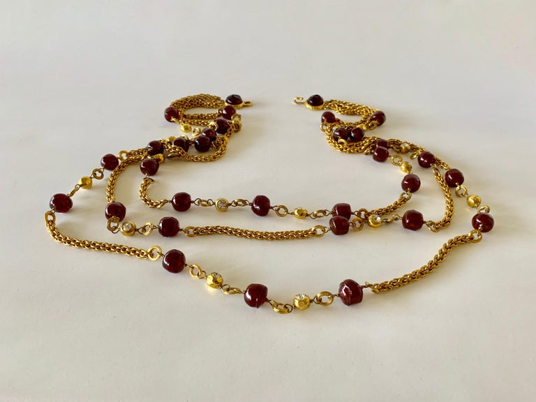 Coco Chanel Gilt Red Triple Strand Diamante Statement Necklace For Sale 7