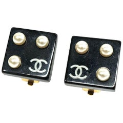 coco mark  Costume Pearl  Square GP  resin  Womens  earrings  black