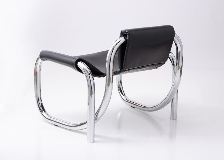 American Coda Polished Chrome Frame with Cushioned Black Leather Sling Chair For Sale