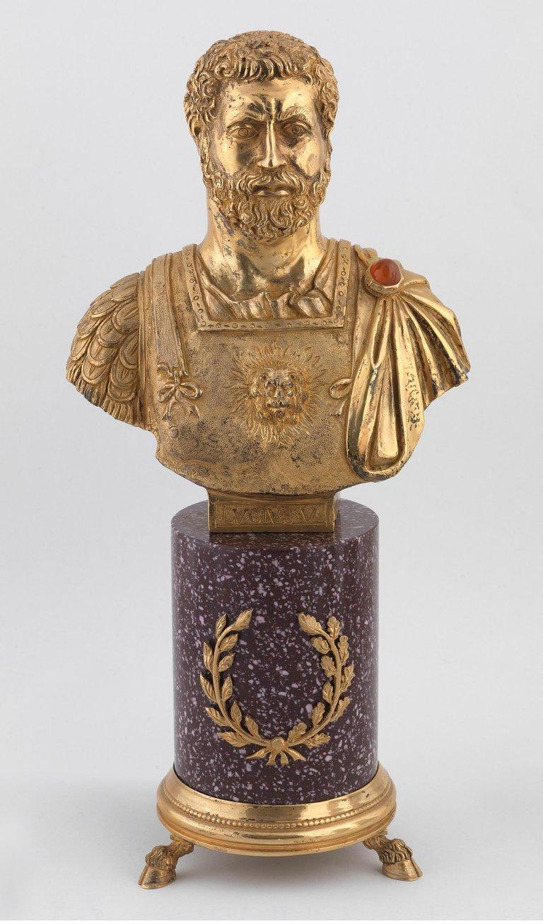 Codognato Large Four Italian Silver-Gilt and Hardstone Busts of Roman Emperors In Fair Condition For Sale In Firenze, IT