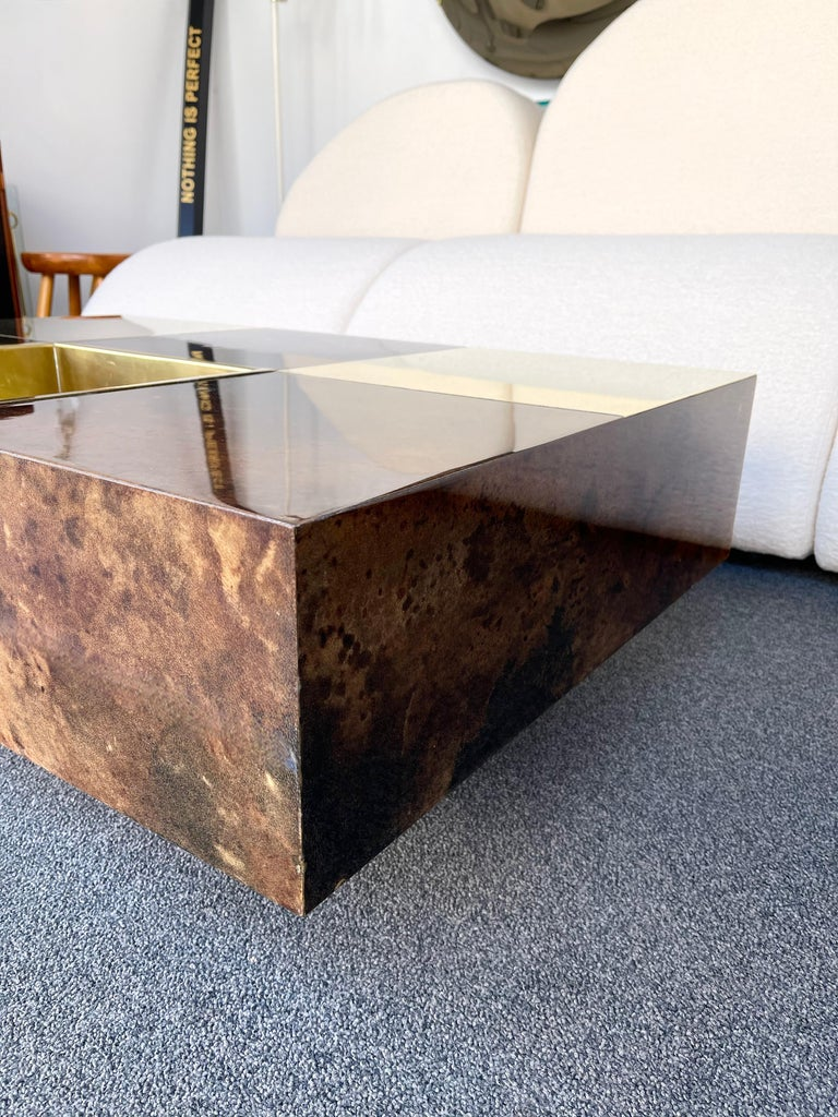 Coffee Table Bar Lacquered Goatskin and Brass by Aldo Tura, Italy, 1970s For Sale 1