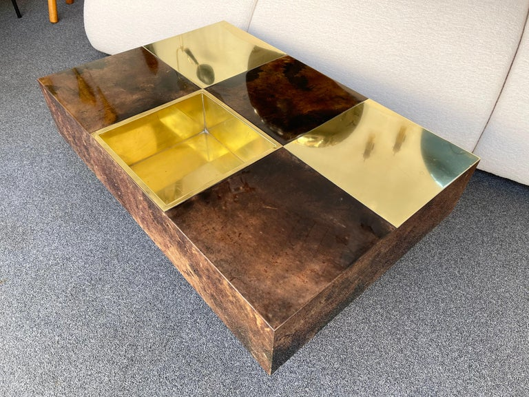 Coffee Table Bar Lacquered Goatskin and Brass by Aldo Tura, Italy, 1970s For Sale 2