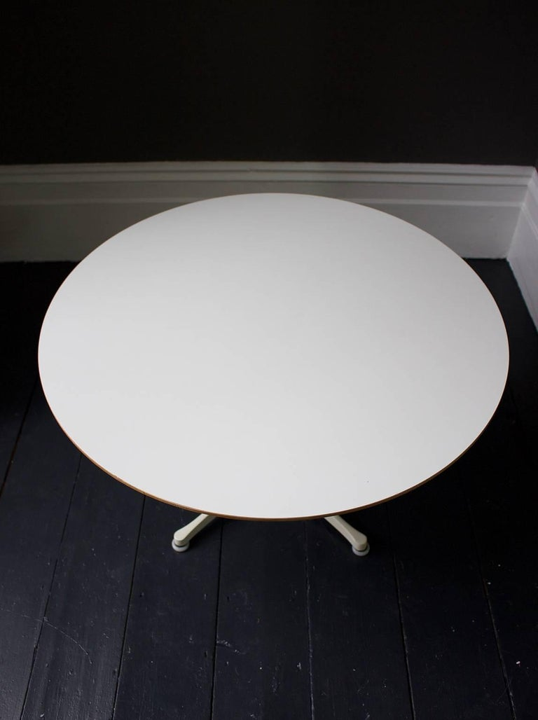 Mid-Century Modern Coffee Table by George Nelson for Herman Miller For Sale