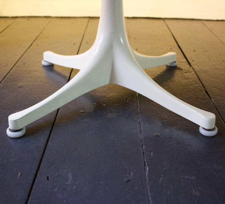 Coffee Table by George Nelson for Herman Miller In Good Condition For Sale In London, GB