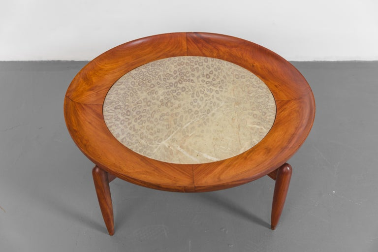 Marble Coffee Table by Giuseppe Scapinelli, Brazilian Mid-Century Modern Design For Sale