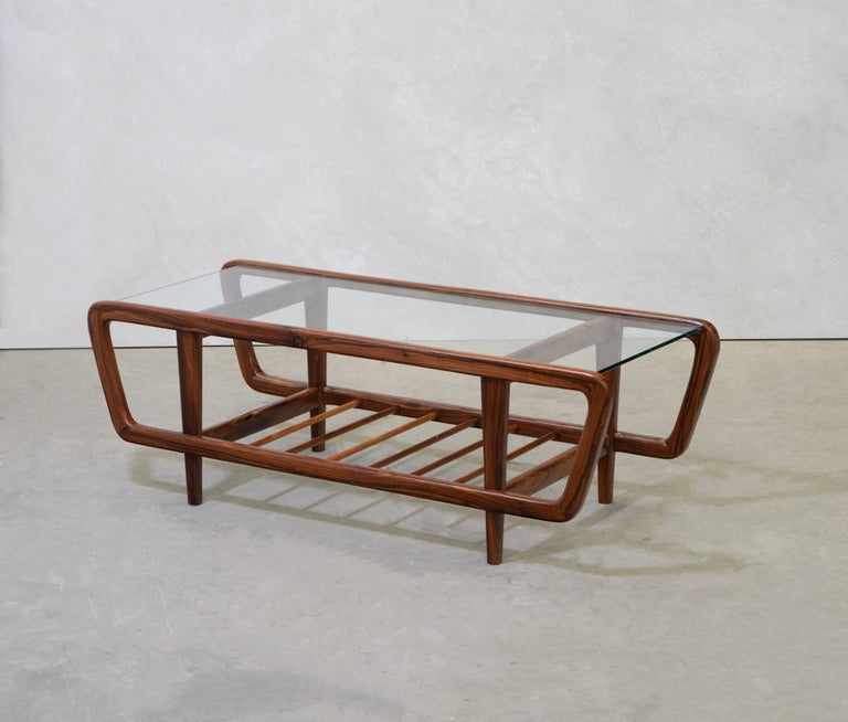 Mid-Century Modern Coffee Table by Giuseppe Scapinelli, Brazilian Mid Century ModernDesign For Sale
