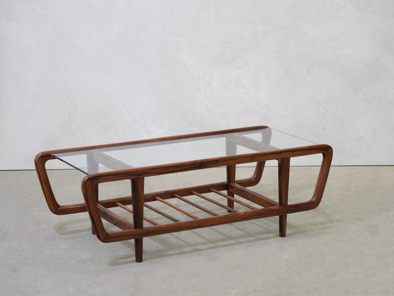 Coffee Table by Giuseppe Scapinelli, Brazilian Mid Century ModernDesign In Good Condition For Sale In Clifton, NJ