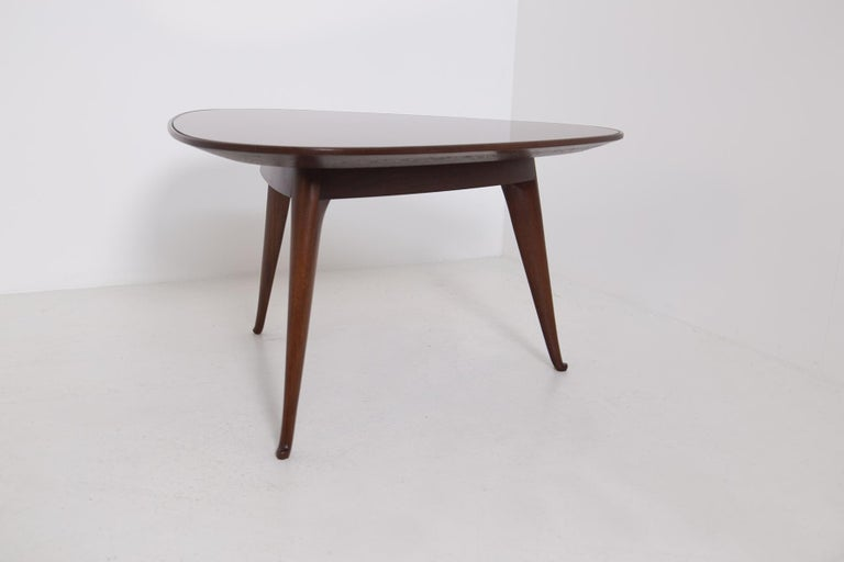 Mid-Century Modern Coffee Table by Osvaldo Borsani in Wood and Dark Orange Mirror, 1950s For Sale