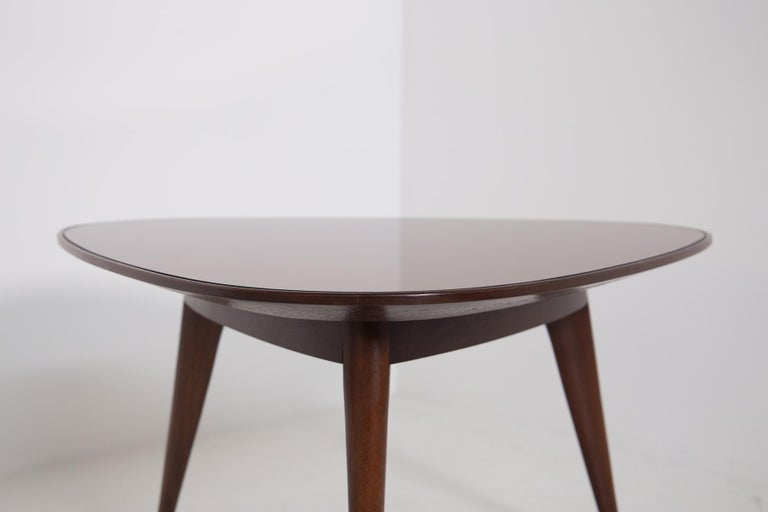 Coffee Table by Osvaldo Borsani in Wood and Dark Orange Mirror, 1950s In Good Condition For Sale In Milano, IT
