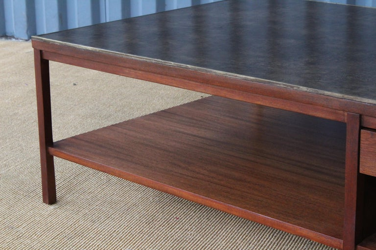 Coffee Table by Paul McCobb for Calvin, USA, 1950s In Good Condition For Sale In Los Angeles, CA